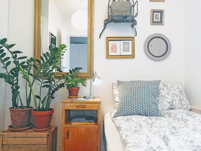 Cozy room and oceanview - 3 min from central
