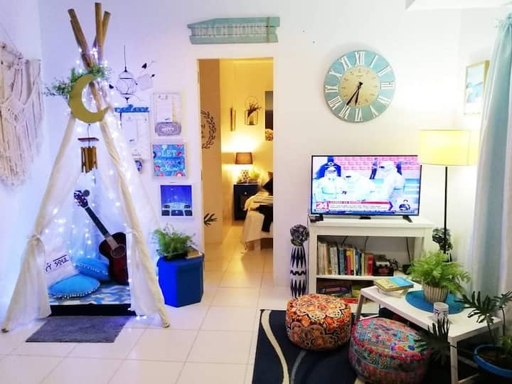 The Happy Soul Santorini Villa in Tagaytay