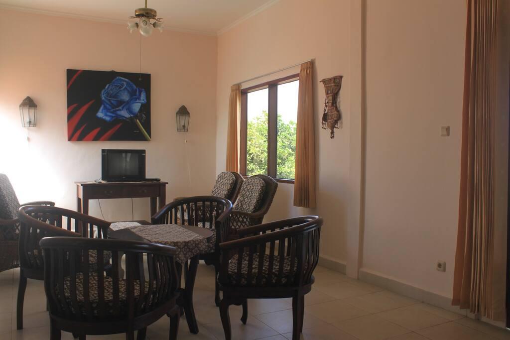 Living Room(House 5)