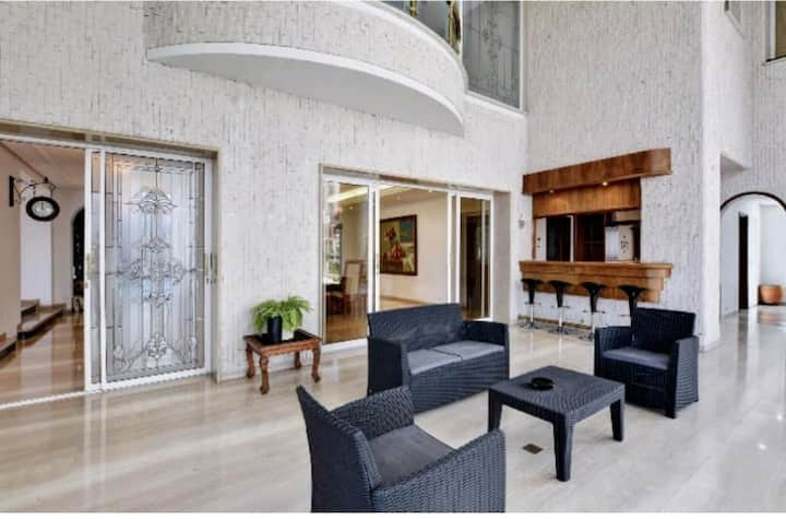 6 bedroom immaculate large indoor pool penthouse