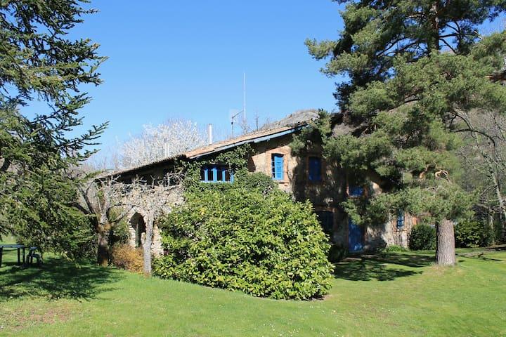 Casa con jardín en montaña de León - Cabornera de Gordón