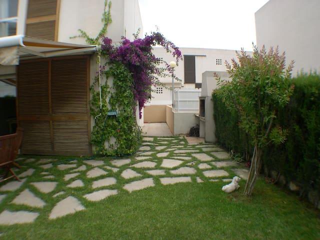 Casa chula muy cerca de la playa  - Francàs - House