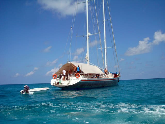 Beautiful sailing Yacht  in Nosy Be - Nosy Be