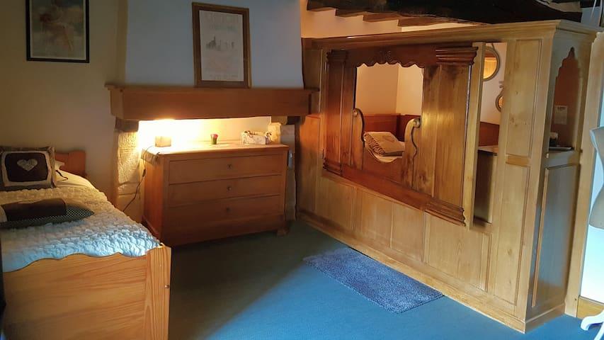Chambre Insolite & chaleureuse 20m2 - CDV Lohéac