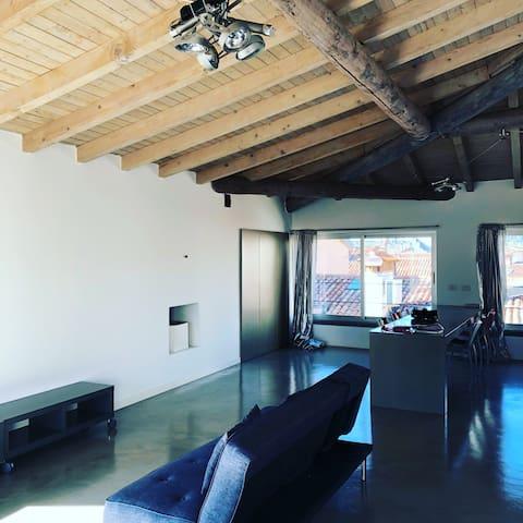 B.Loft: design loft centralissimo