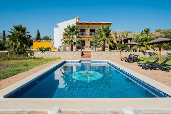 Casa Rural La Solana de Domingo - Viñuela - Talo
