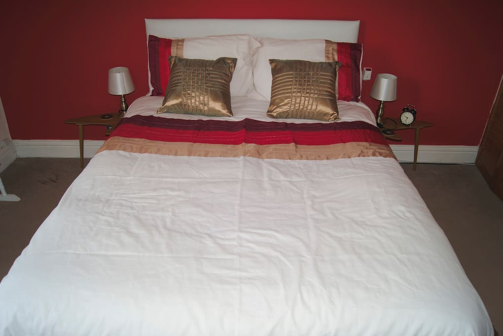 Orthopedic double bed
