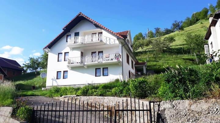 Apartment Little Village 2