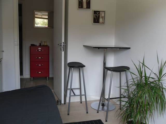 Nice room near the harbour - Roskilde - Hus