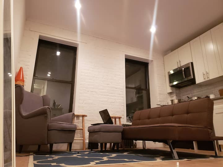 Furnished Room For Rent in Manhattan