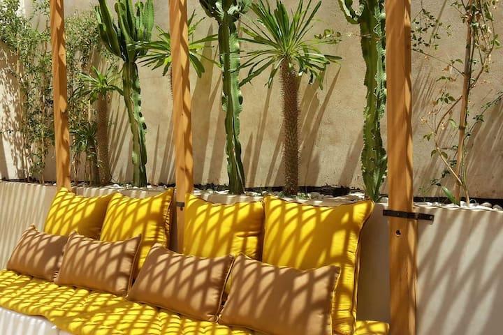 Chic Riad, terrace, garden patio, Dolce Farniente