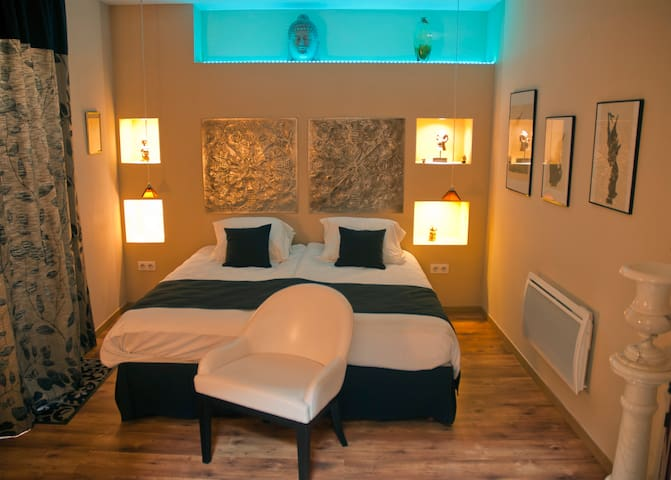 La filatureBed and Breakfast Luxury - Saint-Quentin - Bed & Breakfast
