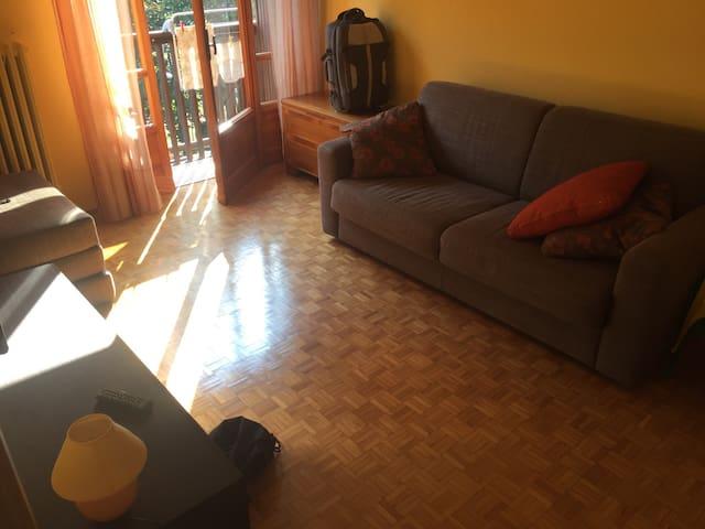 Appartamento accogliente e grazioso - Cantoira - Leilighet