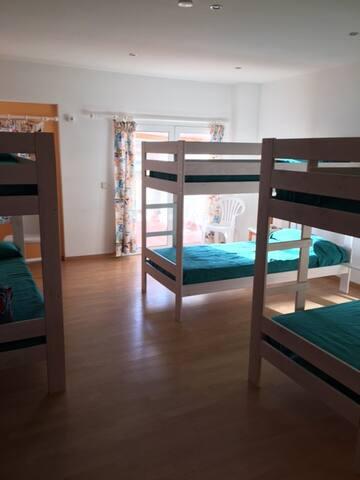 Litera 1,Hostel centro Ciutadella - Ciutadella de Menorca - Bed & Breakfast