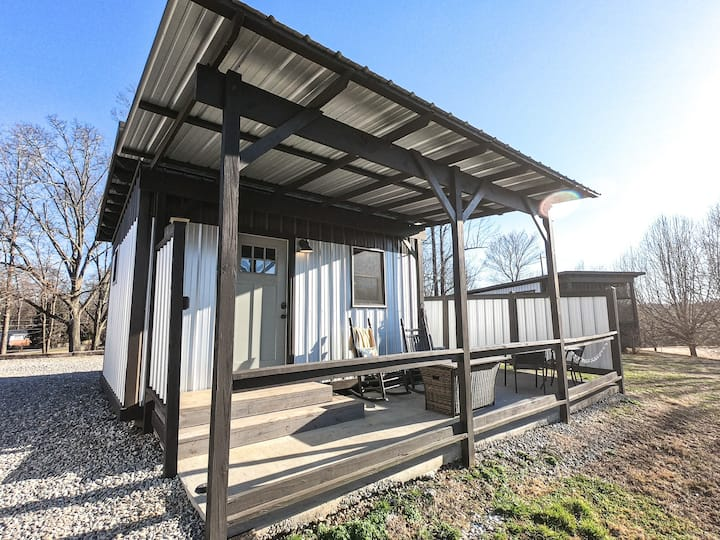 Itty Bitty Tiny Home: Base Camp with Mountain View