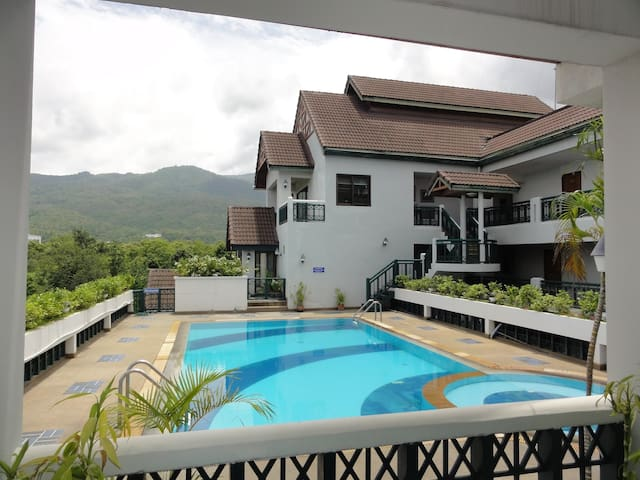 Nice Pool Condo w/ Fitness Room - Chiang Mai - Apartament