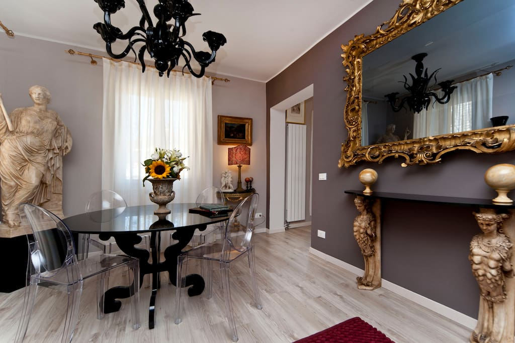 Balance between Venetian ancient art and contemporary  essential style