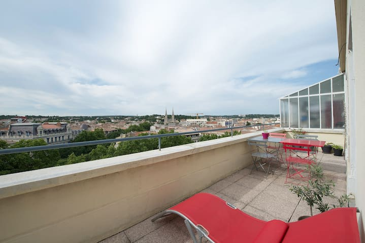 App 2 pièces + terrasse - Nimes - Apartment
