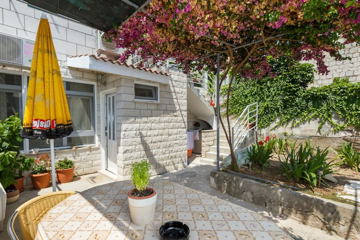 Authentic apartment with terrace - Split old town