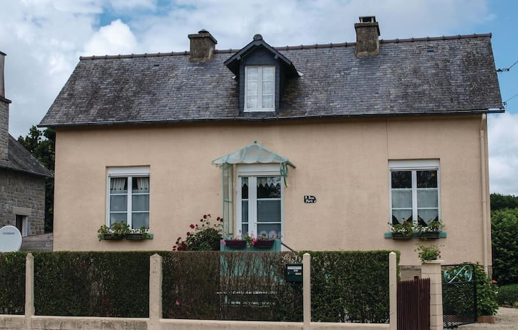 Holiday cottage with 2 bedrooms on 65m² in St. Samson/Rance