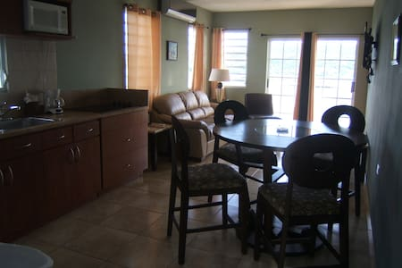 Villa for 6 with spectacular view - Culebra