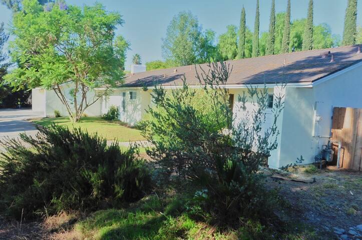 3 Bedroom house, San Dieco, CA - El Cajon - House