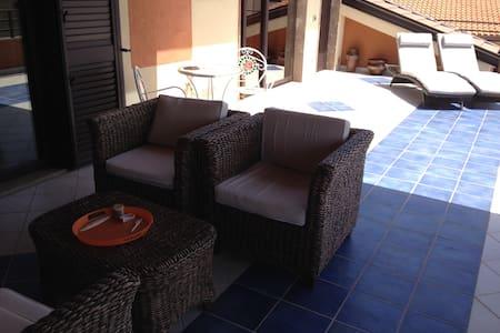 Roof terrace apt near beach Siderno - Apartment