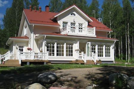 Top Floor 100 qm , by Lake Saimaa, Mikkeli -  Anttola