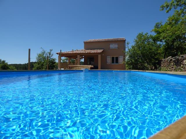 """Maison de 82 m² avec piscine """"La fenière"""""""