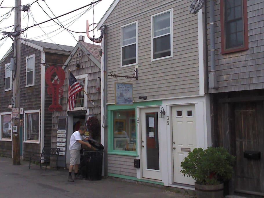 Front entrance of apartment, 35 Bearskin Neck