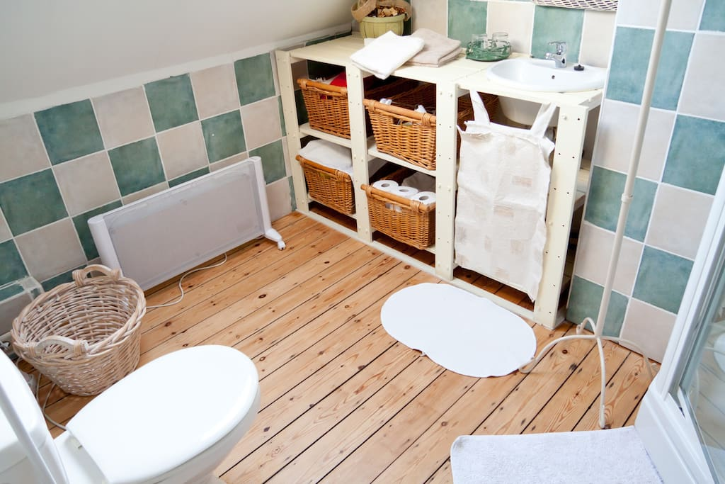 b b marianne chambres d 39 h tes louer bruxelles bruxelles belgique. Black Bedroom Furniture Sets. Home Design Ideas