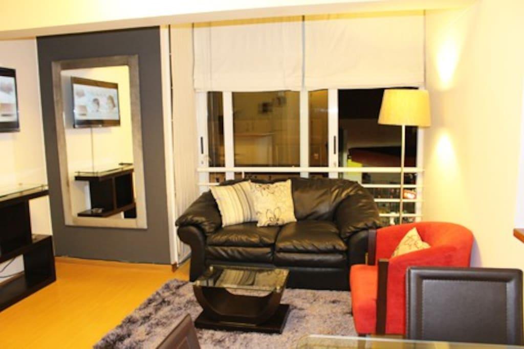 Sala con dos sofas.