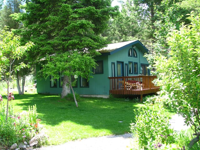 Cottage at Foys Lake Montana - Kalispell