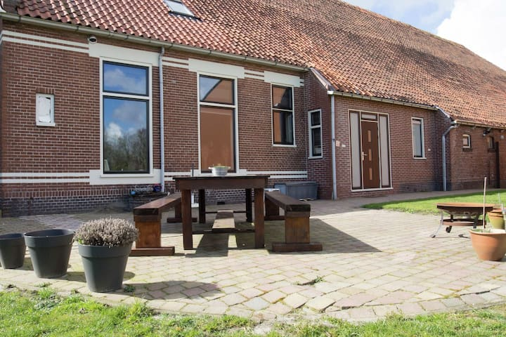 Family home with large garden in the eastern part of Groningen