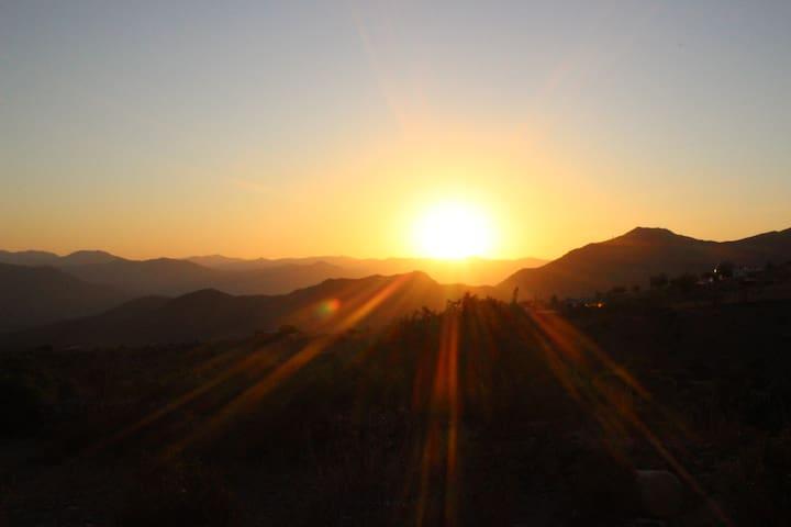 Cabaña en Cerro Mamalluca, Valle del Elqui. - Vicuña - Alojamento ecológico