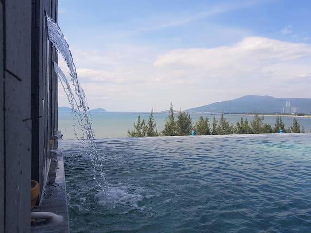 SANTORI HOTEL DANANG BAY