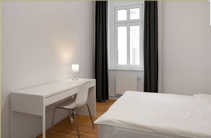 Cozy private room @ Prenzlauer Allee