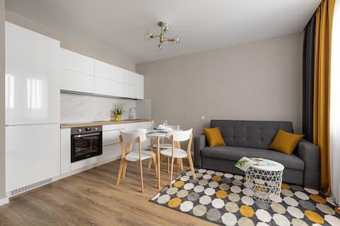 Новая уютная квартира в центре у метро Молодежная!