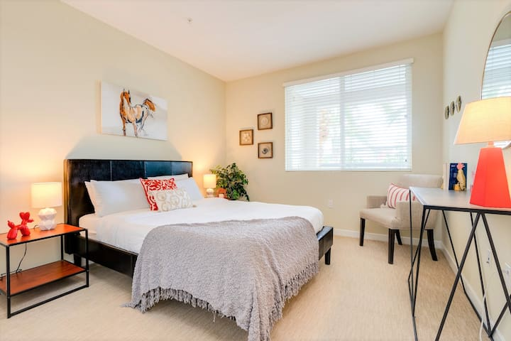 2nd bedroom - Queen Size bed with memory foam mattress and an attached bathroom