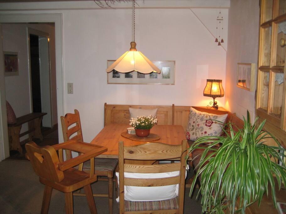 Essecke in der Stube (Wohnzimmer)
