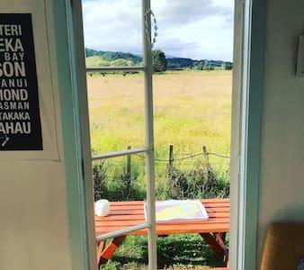 Beautiful Tiny house close to abel tasman park