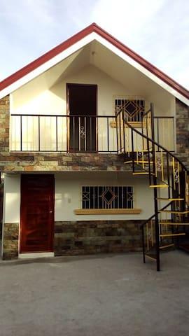 Enzo - Sara Transient House - Lingayen Baywalk