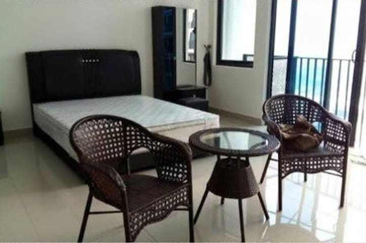 trefoil apartment setia alam - Selangor - Apto. en complejo residencial