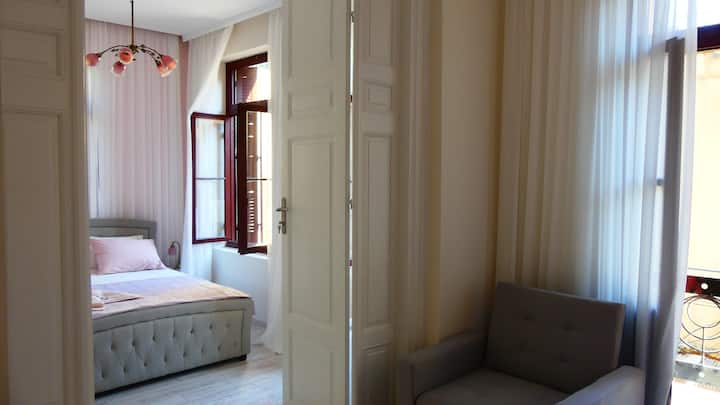 Suite with balcony , terrace and Acropolis view