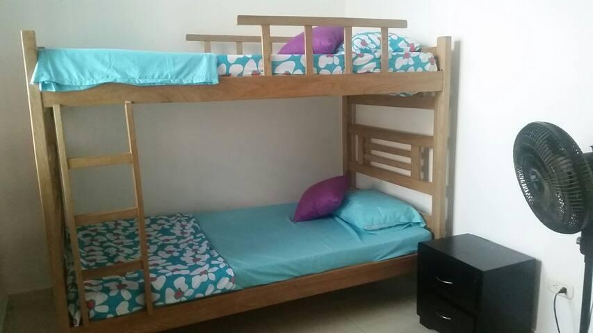 habitación compartida para dos personas