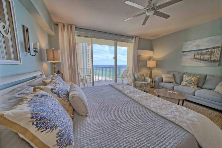 Shores of Panama 1306~Gulf Front Studio Suite~Sleeps 4~Ocean Views