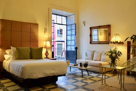 Beautiful Private Room in the Heart of Puebla