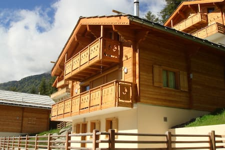 Luxury Mountain Chalet with Panoramic Views - Hérémence - Dům