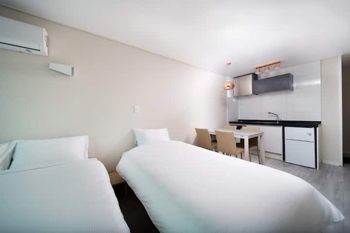 [신축] 포에타 Two bed+terrace 103호.