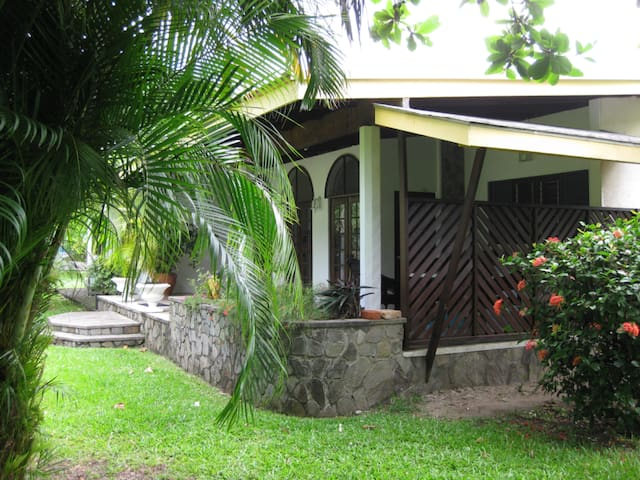 Patria Holdings Beach Houses - Kingstown - House